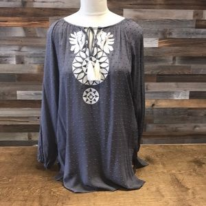 THML Long sleeve gray textured top
